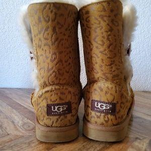UGG Shoes - UGG Brown Cheetah Print Short Boots Size 6
